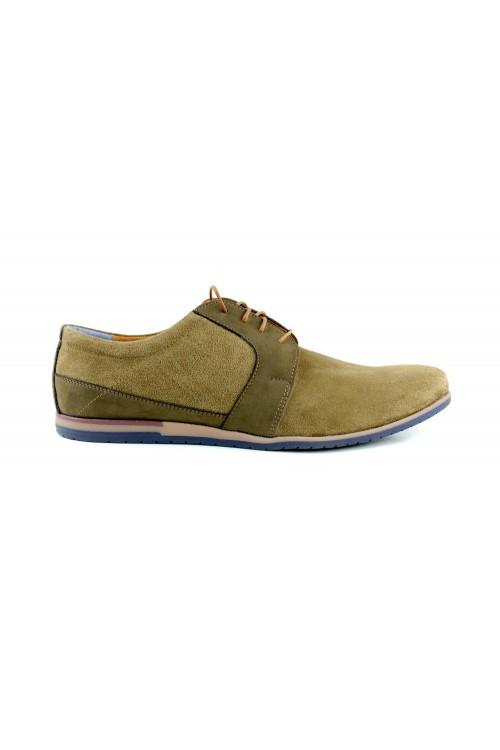 Olivgrüne Schuhe im...