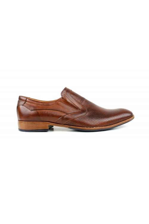 Slip-On-Schuhe aus braun...