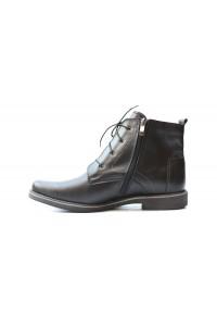 Schwarze Stiefel für den...
