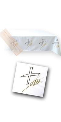 Altardecken mit Stickereien